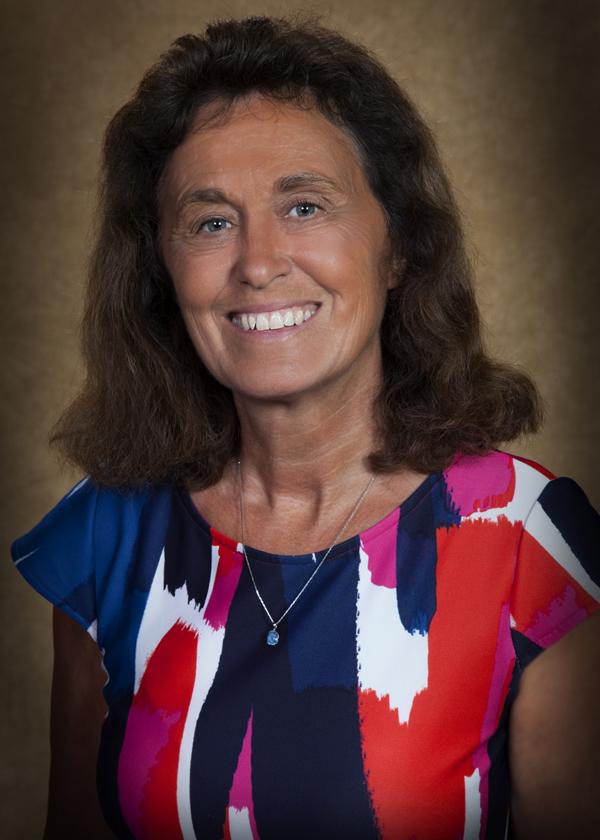 Julie Van Kleeck headshot